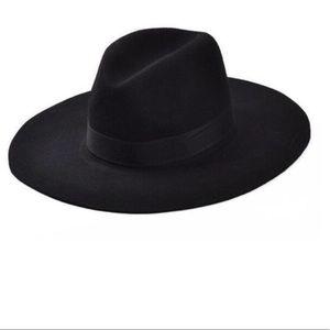 Accessories - Luxury Vintage Hat